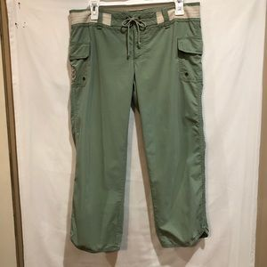 Old Navy Green Ultimate Low Waist Cropped Size 6